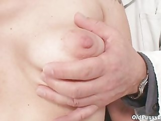 aged alena pussy speculum gyno exam at gyno clinic