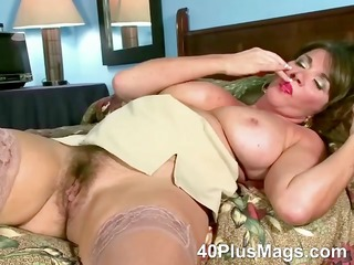 rubbing her ature unshaved wet crack